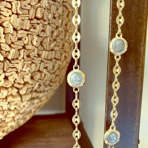 Jewelry - Long gold coin chain link necklace